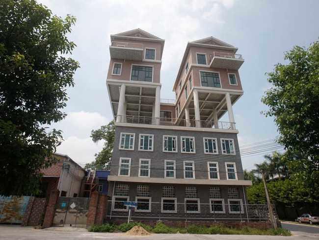"""Những ngôi nhà mọc lên ở nơi khắc nghiệt """"không tưởng"""", ai nhìn cũng hoảng hốt - 8"""