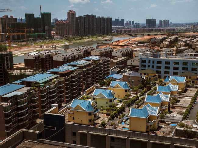 """Những ngôi nhà mọc lên ở nơi khắc nghiệt """"không tưởng"""", ai nhìn cũng hoảng hốt - 9"""