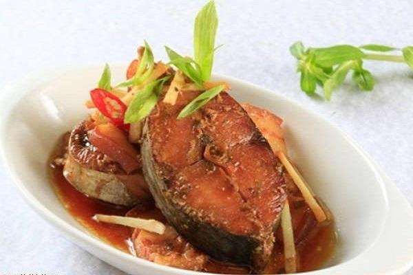 3 cách làm cá thu kho thơm ngon, đậm đà hương vị cho bữa ăn gia đình - 12