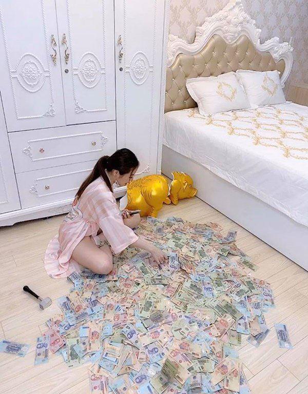 Tin tức 24h: Bất ngờ danh tính của hotgirl Sài Thành khoe chiếc đèn trung thu 3,5 tỷ đồng - 3