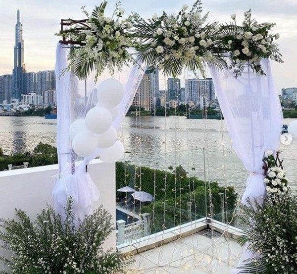 Con gái Minh Nhựa kỷ niệm 1 năm ngày cưới, choáng ngợp với món quà từ bố 37 tuổi - 6