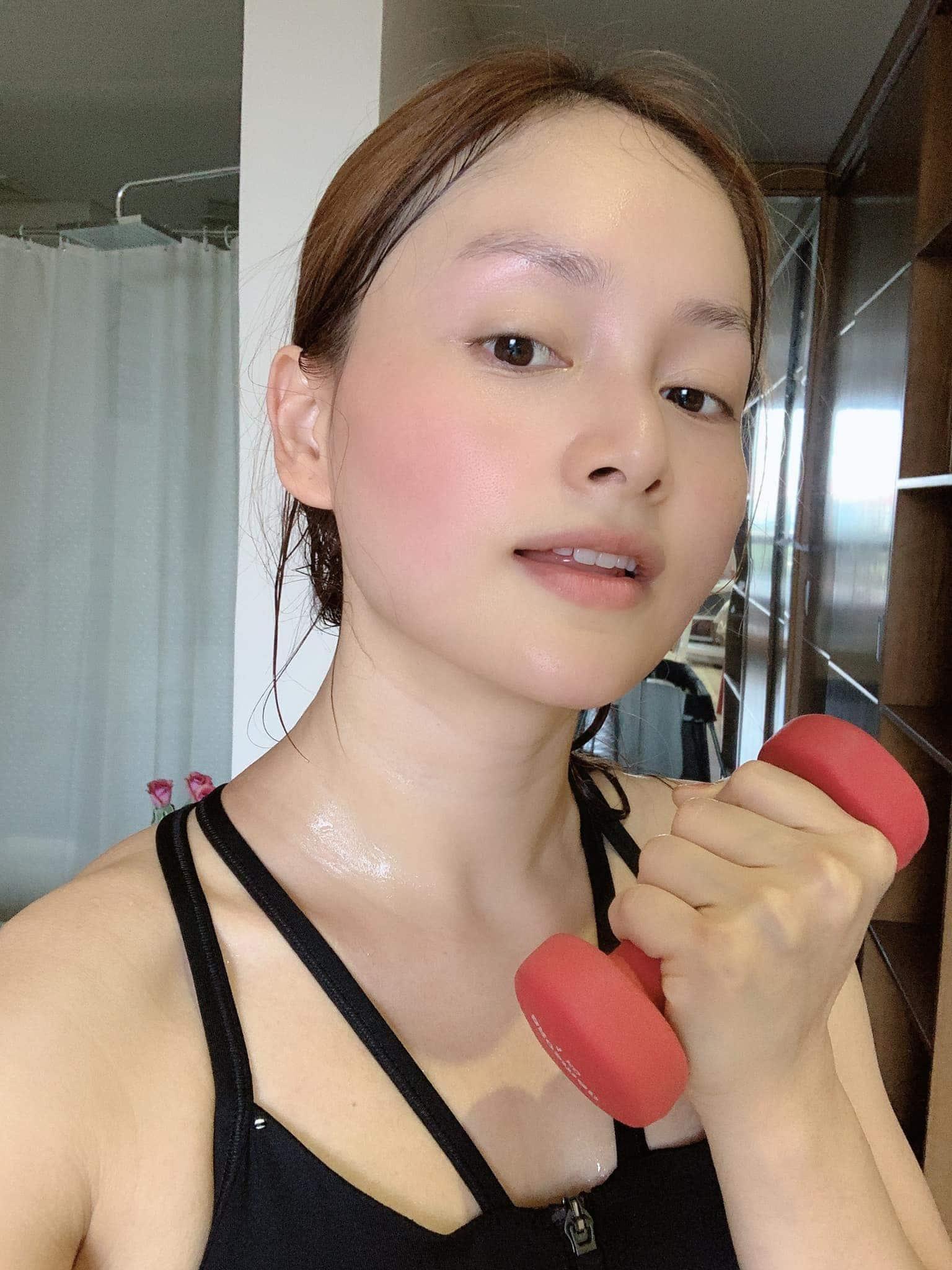 Từng tăng 18kg khi mang bầu, Lan Phương giờ về dáng đẹp mê, đụng đầm với Hoa hậu không thua - 9