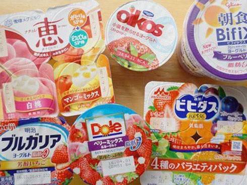 Vì sao sữa chua được bán theo lốc 4 hộp, biết lý do bạn sẽ ngạc nhiên đến khâm phục