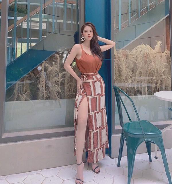 Từ câu chuyện hotgirl 2k1 bị chỉ trích với hình ảnh đi bar: Cách ăn mặc chính là vấn đề - 11