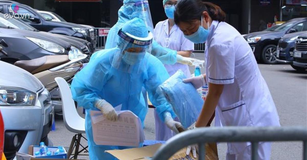 Hà Nội phát hiện 7 trường hợp ho sốt ở cộng đồng dương tính với SARS-CoV-2