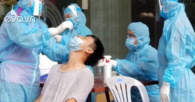 Hà Nội thêm 13 ca dương tính SARS-CoV-2 mới, có bệnh nhân ho sốt bán hàng trong chợ nội thành