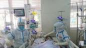Theo chân bác sĩ vào thăm các bệnh nhân mắc COVID-19 chạy ECMO