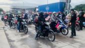 """TP.HCM: Người dân vẫn ùn ùn đi xe máy về quê """"trốn"""" dịch"""