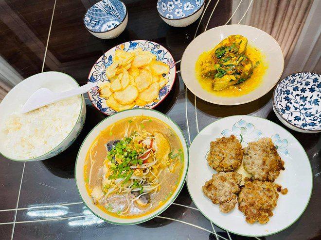 Chồng thành đạt của Vân Hugo làm bánh, vợ và dàn sao Việt tấm tắc khen: amp;#34;Tuyệt phẩmamp;#34; - 11