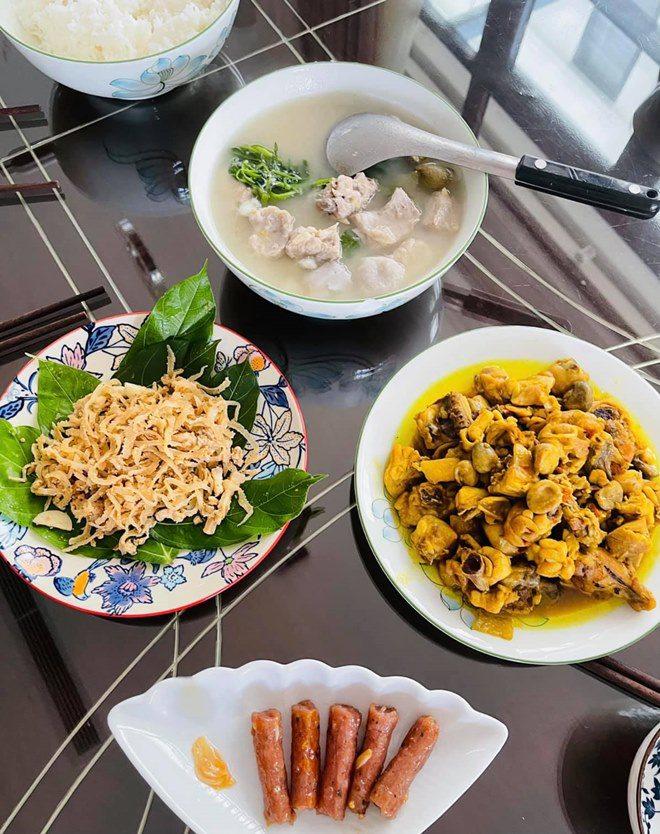 Chồng thành đạt của Vân Hugo làm bánh, vợ và dàn sao Việt tấm tắc khen: amp;#34;Tuyệt phẩmamp;#34; - 10