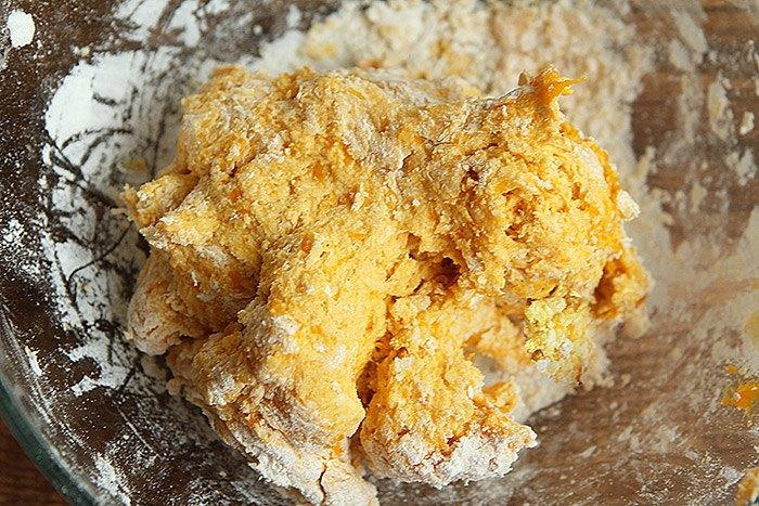 Mua nhiều bí đỏ nấu canh mãi cũng chán, đem làm bánh lại được món ăn sáng tuyệt ngon - 3