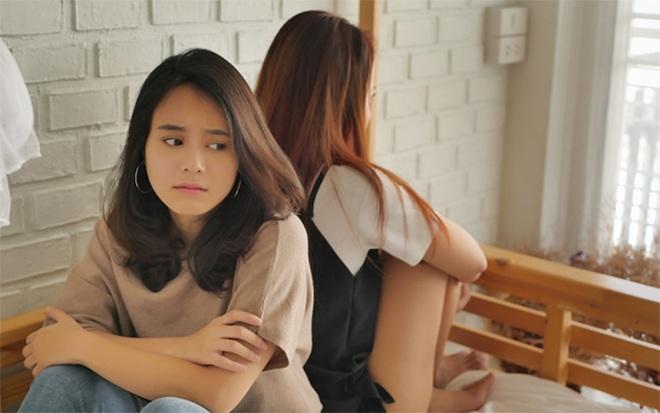 Ở nhờ nhà chị gái một tuần, tôi ái ngại vì hành động anh rể làm mỗi đêm - 3