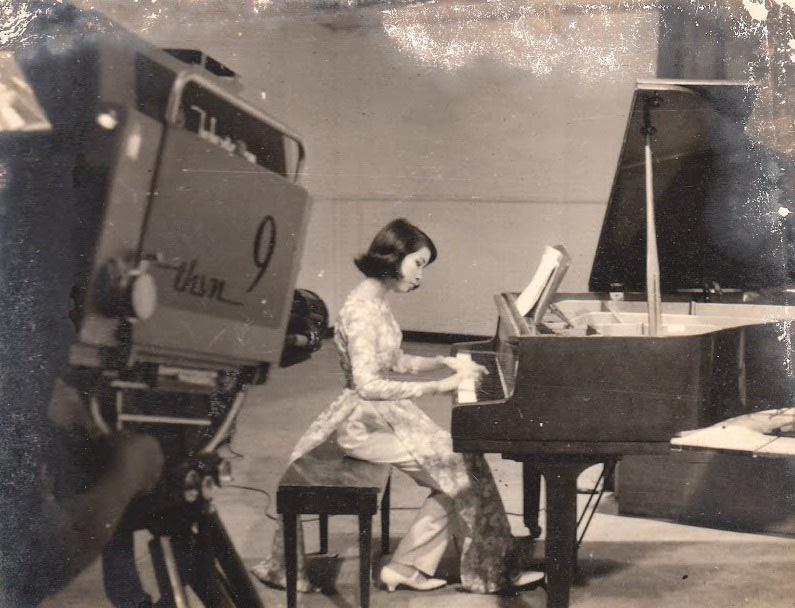 Ảnh chất lượng thấp nhưng nhan sắc chất lượng cao của các giai nhân làng nhạc thập niên 70s - 7