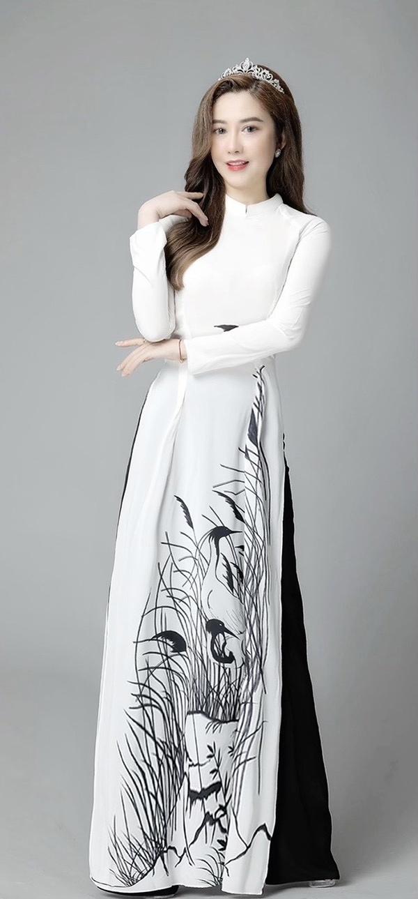 Thanh Huyền - U40 sở hữu vẻ đẹp hình thể ấn tượng - 3