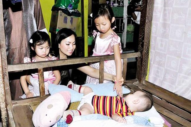 Cẩm Ly nhà triệu đô, em gái là người Việt giàu nhất thế giới nhưng đều nuôi con giản dị - 11
