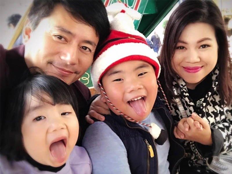 Kiếm 3 tỷ/phút, vua quảng cáo Việt bỏ sự nghiệp sang Mỹ với vợ giàu, 2 con không giống bố - 3
