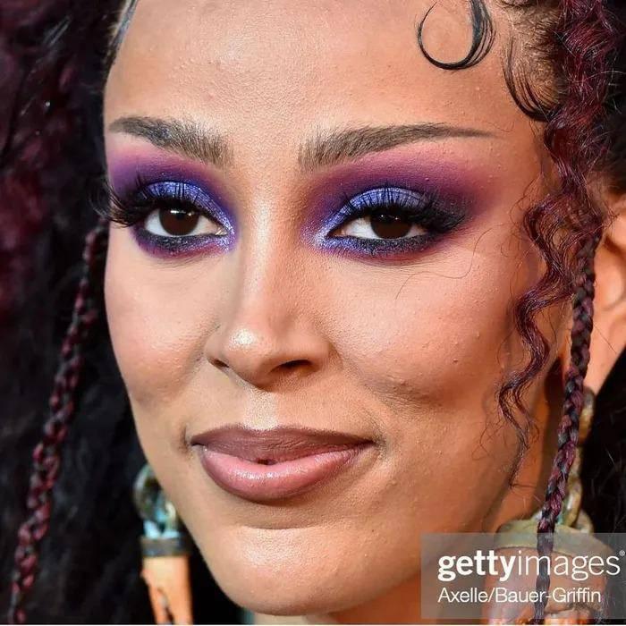 Bóc cận cảnh lớp make-up của các minh tinh, mỹ nhân đình đám cũng mắc lỗi chí mạng - 3