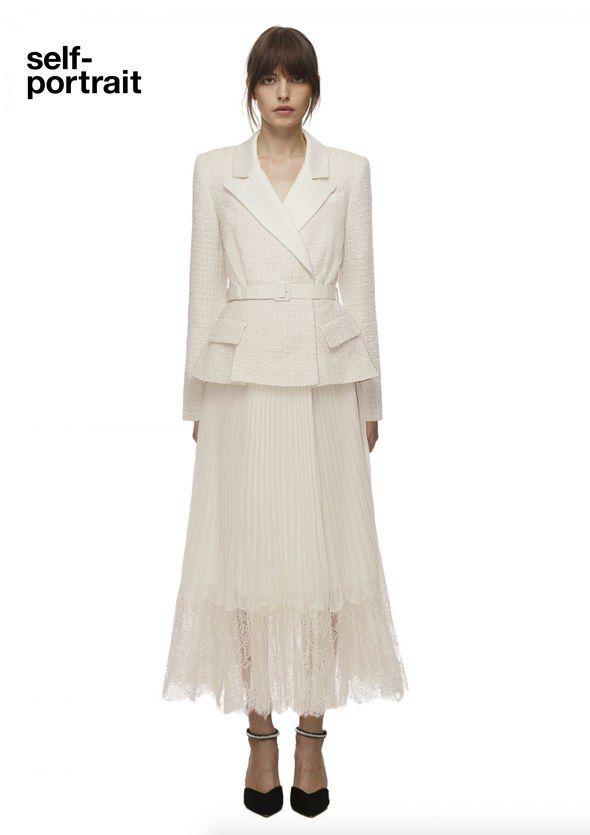 """Công nương Kate đẹp quý tộc với blazer và chân váy,hoá ra mỹ nhân Việt đã """"lăng xê"""" từ lâu - 4"""