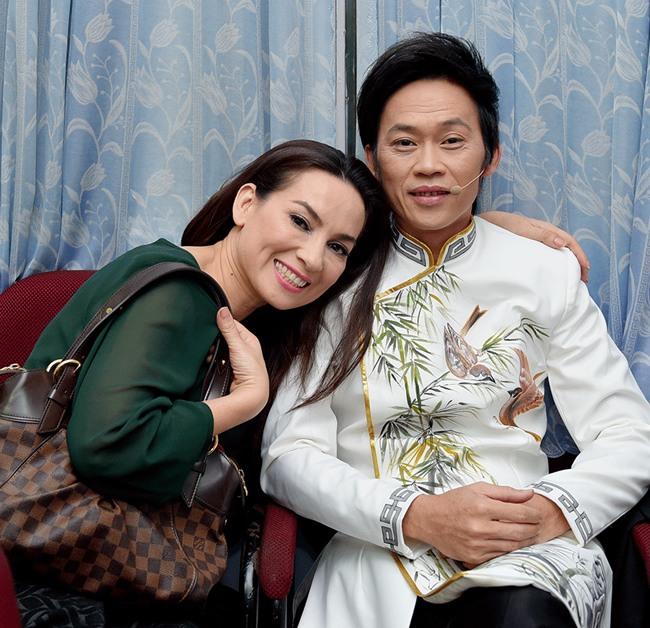 Phi Nhung từng 2 lần nên duyên với Hoài Linh trên màn ảnh, nhìn cố nghệ sĩ tươi cười mà nghẹn lòng! - Ảnh 4.