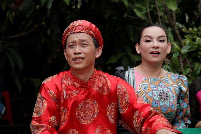 Phi Nhung từng 2 lần nên duyên với Hoài Linh trên màn ảnh, nhìn cố nghệ sĩ tươi cười mà nghẹn lòng! - Ảnh 1.
