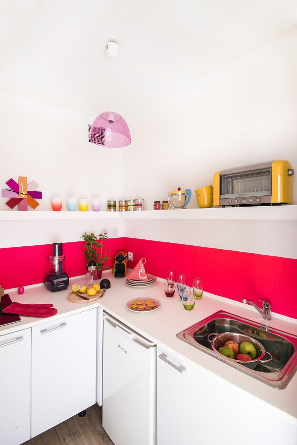 Căn bếp 3m² cũ bẩn amp;#34;từ vịt hóa thiên ngaamp;#34; sau cải tạo khiến nhiều người ngạc nhiên - 9