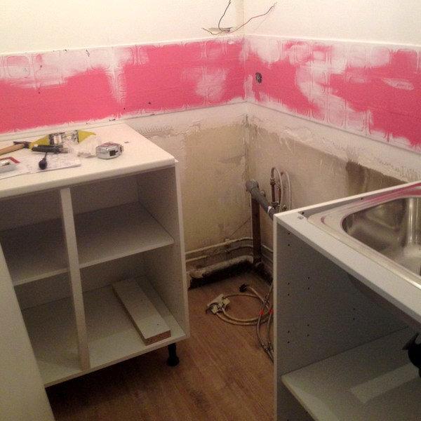 Căn bếp 3m² cũ bẩn amp;#34;từ vịt hóa thiên ngaamp;#34; sau cải tạo khiến nhiều người ngạc nhiên - 7
