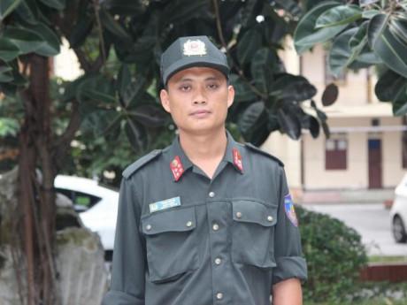 Chân dung Đội trưởng CSCĐ đối mặt thương thuyết kẻ ôm lựu đạn cố thủ đầu hàng