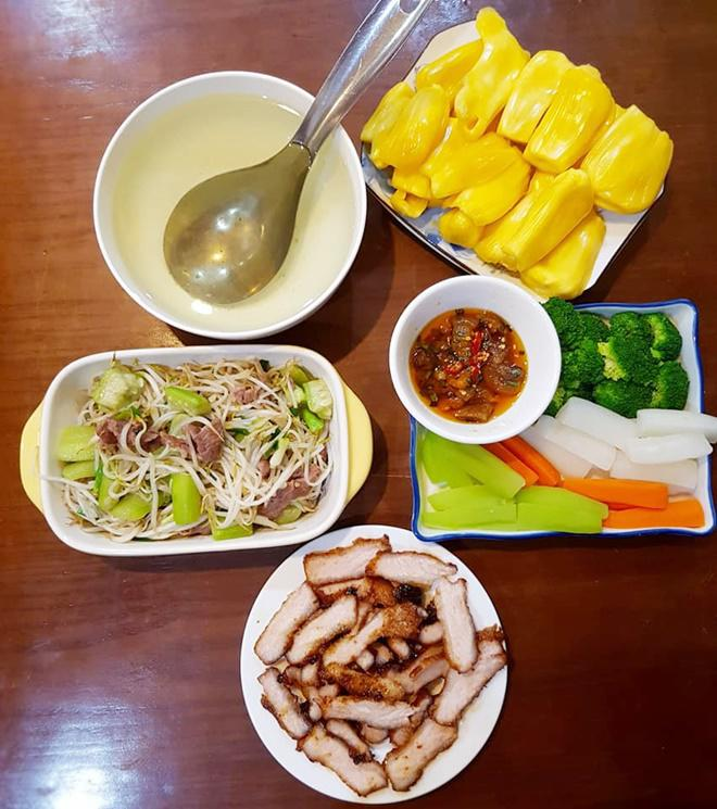 nhung bua com chi 70 nghin cua 2 vo chong tre nhung van day ap mon ngon - 1