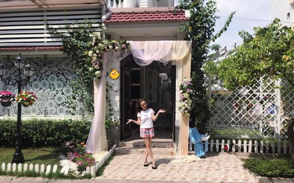 Cuoc song cua Vy Oanh va chong dai gia trong biet thu trieu do o Sai Gon