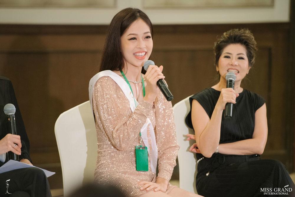 cong dong mang buc xuc truoc tin a hau phuong nga bi choi xau tai miss grand 2018 - 5