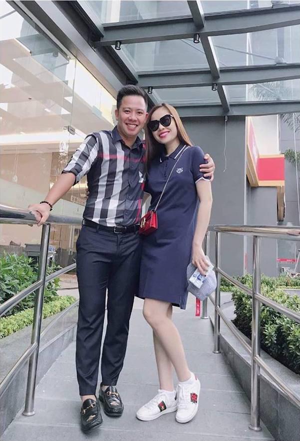 Giang Hong Ngoc lo vong 2 lon giua tin don mang thai 5 thang voi ban trai