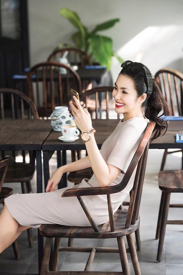 "bang vang cac my nhan ""hack tuoi"" so 1 vbiz chinh thuc goi ten hien thuc - 17"