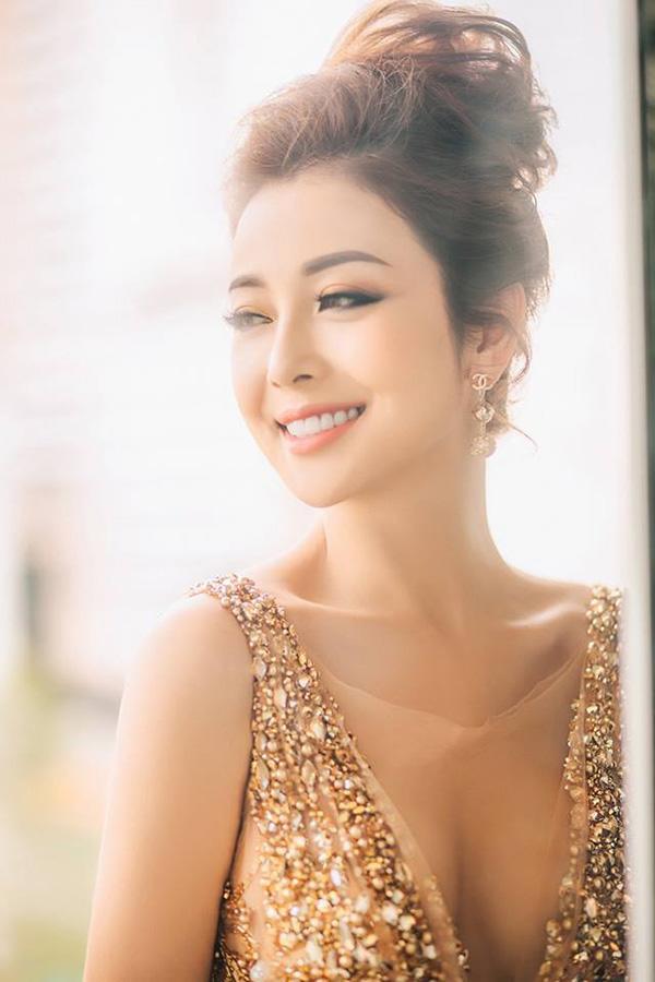 Bang vang cac my nhan 'hack tuoi' so 1 Vbiz chinh thuc goi ten Hien Thuc