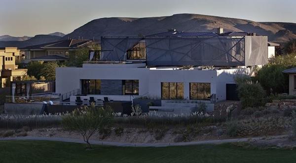 Ngôi nhà tuyệt đẹp mọc lên giữa mênh mông amp;#39;biển cátamp;#39; - 15
