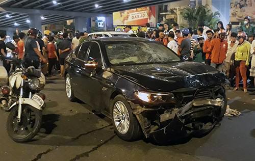Nữ tài xế lái BMW gây tai nạn hàng loạt ở Sài Gòn là giám đốc ngân hàng