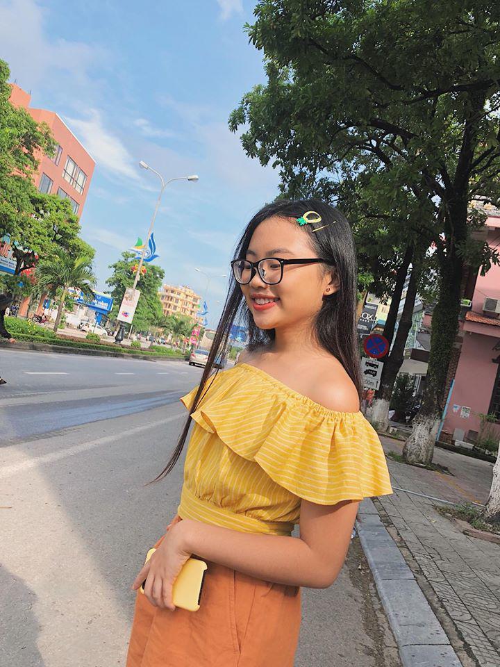 "phuong my chi mac ao tre vai goi cam, tao dang ""chat lu"" kho nhan ra - 3"
