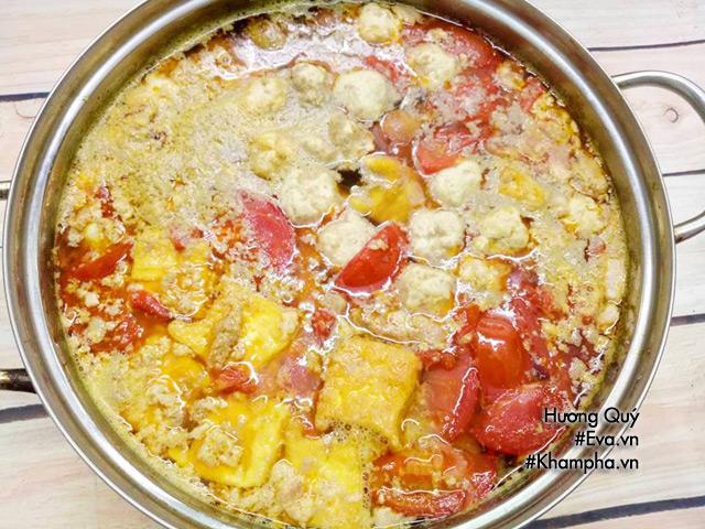cách nấu bún riêu cua thơm ngon, nóng hổi cho bữa sáng cuối tuần
