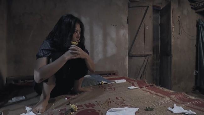 """het qua khu lam """"cave"""" bi lo, quynh bup be lai bi danh ghen toi ta truoc cho lam - 8"""