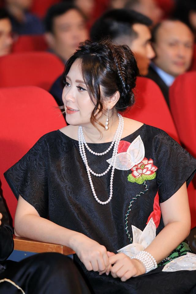 "bi don sinh con de cuu van hon nhan, thanh thuy khang dinh: ""sau song gio con yeu nhau hon"" - 6"