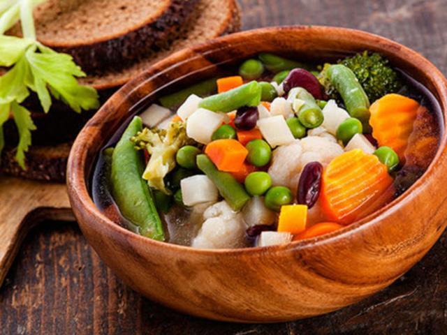 Ăn chay để thanh lọc cơ thể: Chuyên gia lý giải đâu là cách ăn đúng và đủ