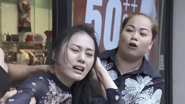 """khong phai my soi, chinh quynh bup be da dang clip bi danh ghen va boc """"phot"""" minh len mang? - 4"""