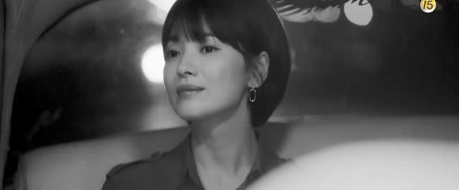 """chi moi gap go, song hye kyo da cung """"phi cong tre"""" tinh tu di ngam hoang hon - 5"""