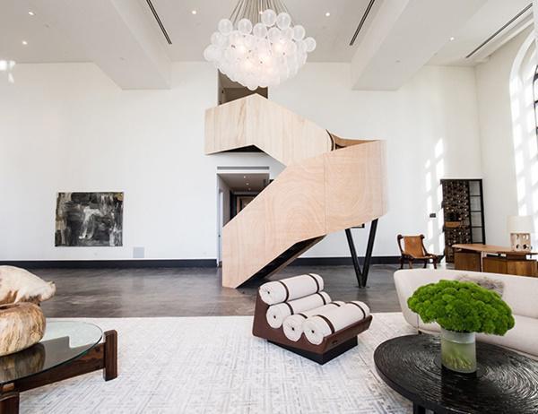 Choáng với căn hộ áp mái nghìn tỷ có phòng khách rộng ngang một bảo tàng - 7