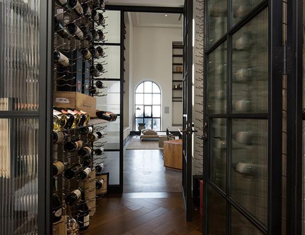 Choáng với căn hộ áp mái nghìn tỷ có phòng khách rộng ngang một bảo tàng - 9