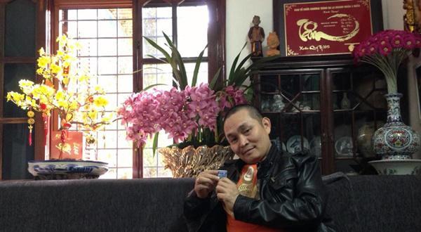 Hoài Linh, Xuân Hinh, Nhà sao việt
