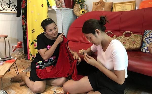 Những bà mẹ đơn thân showbiz Việt: Kẻ chanh xả ở biệt thự, người chật vật thuê nhà 24m2 - 6