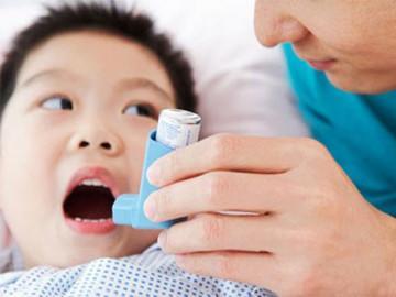 Bệnh hen suyễn ở trẻ em: Dấu hiệu, cách chữa và những kiêng kỵ