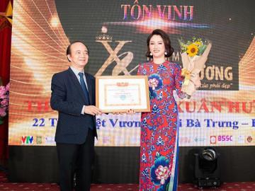 """TMV Xuân Hương giành """"cú đúp"""" giải thưởng của Hội Đào tạo - Phát triển nghề Làm đẹp VN"""