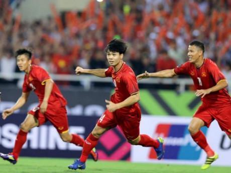 Tua lại khoảnh khắc 3 bàn thắng Việt Nam đè bẹp Campuchia, thẳng chân vào bán kết