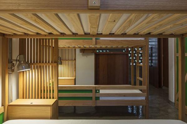 Ngôi trường giữa rừng bằng gỗ và gạch bùn cho học sinh nghèo cực chất - 8